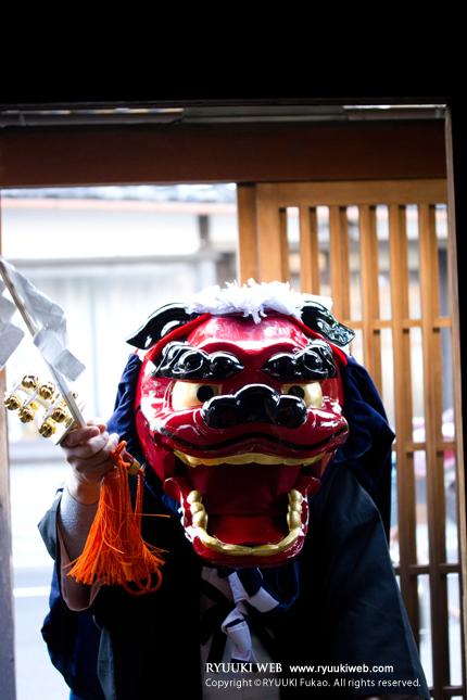 2014_0114shishimai.jpg